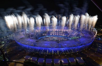 Fireworks explode to open the London 2012 Olympic Games on July 27, 2012 at the Olympic stadium in London. AFP PHOTO / ALBERTO PIZZOLI