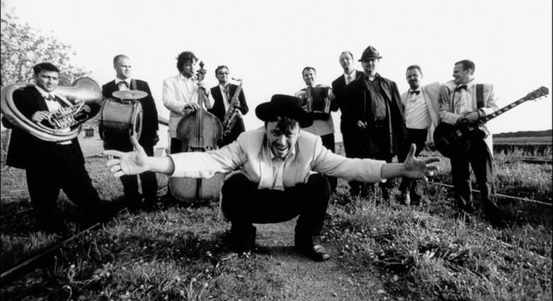 emir-kusturica-the-no-smoking-orchestra