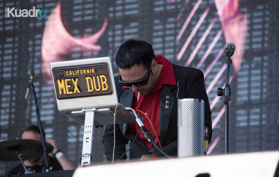 Mexican Dubwiser (foto por Emilio Sandoval)
