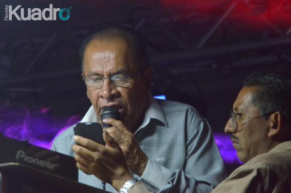 """Sr. Ramon Rojo (Sonido La Changa) en pleno """"changazo"""" por MJ Sánchez"""