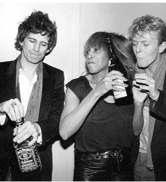 David Bowie, Keith Richars y Jack Daniels
