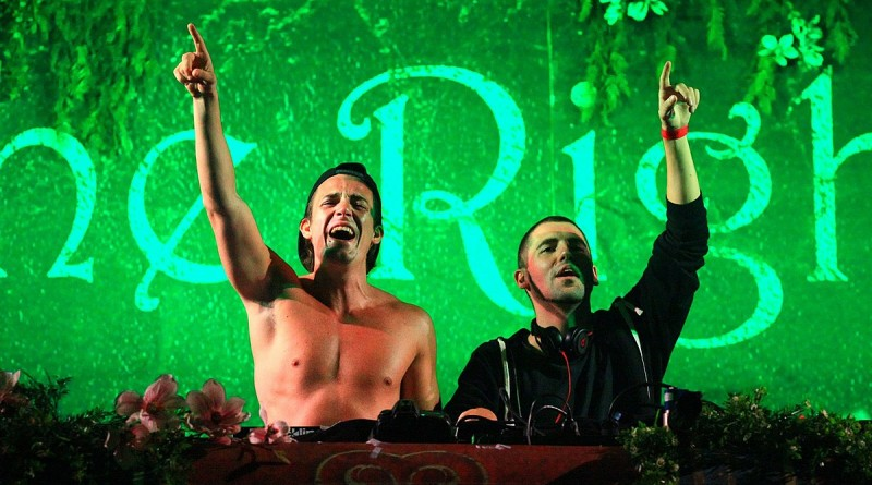1200px-Dimitri_Vegas_&_Like_Mike_in_TomorrowWorld_2013